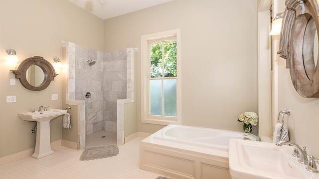 7 Endroits où Créer Une Nouvelle Salle de Bains Dans votre Maison