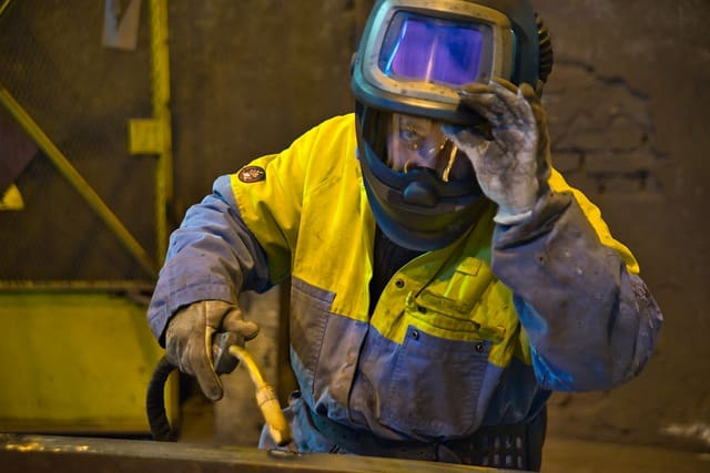 Plomberie : Comment Souder Un Tuyau en Cuivre ?